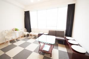 馬車道 関内 レンタルスペースの待合室の室内画像