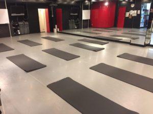 関内馬車道ダンススタジオの無料備品のヨガマット